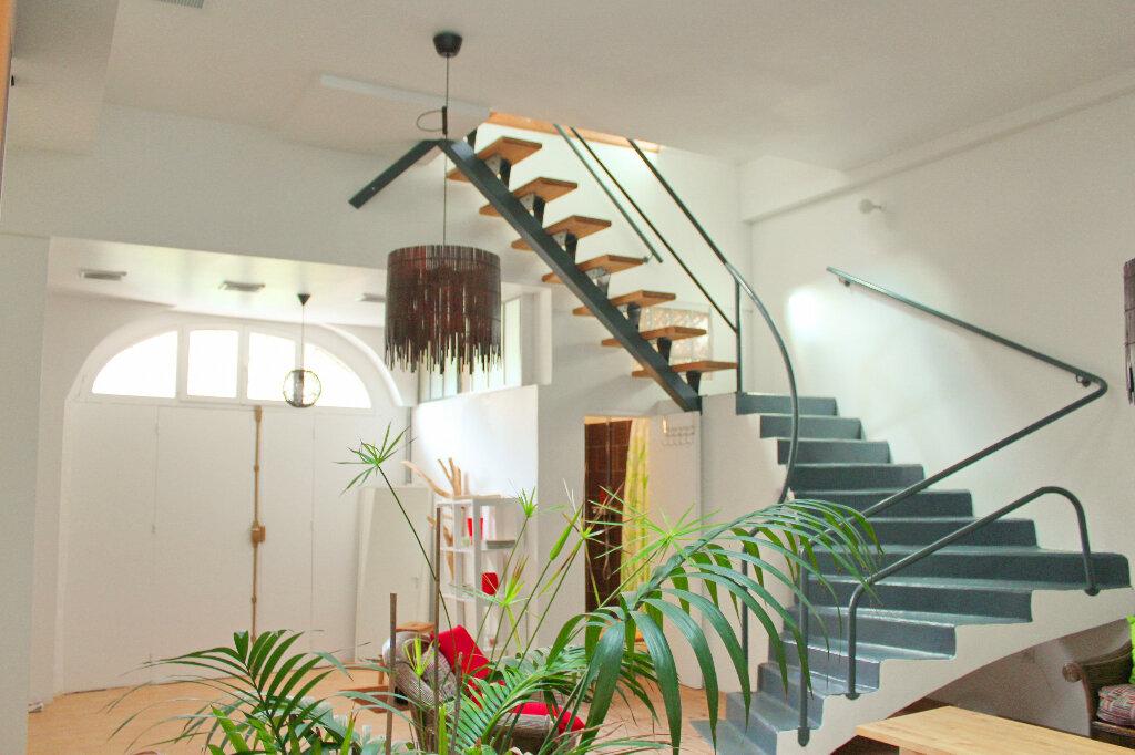 Maison à vendre 6 180m2 à Pomérols vignette-1