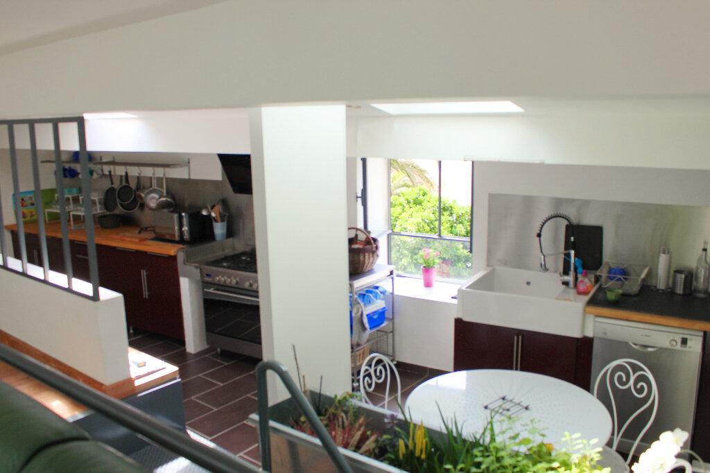 Maison à vendre 6 180m2 à Pomérols vignette-2
