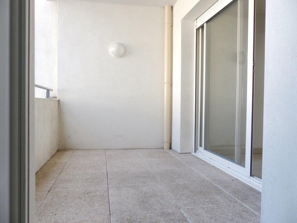Appartement à vendre 2 38.85m2 à Béziers vignette-2