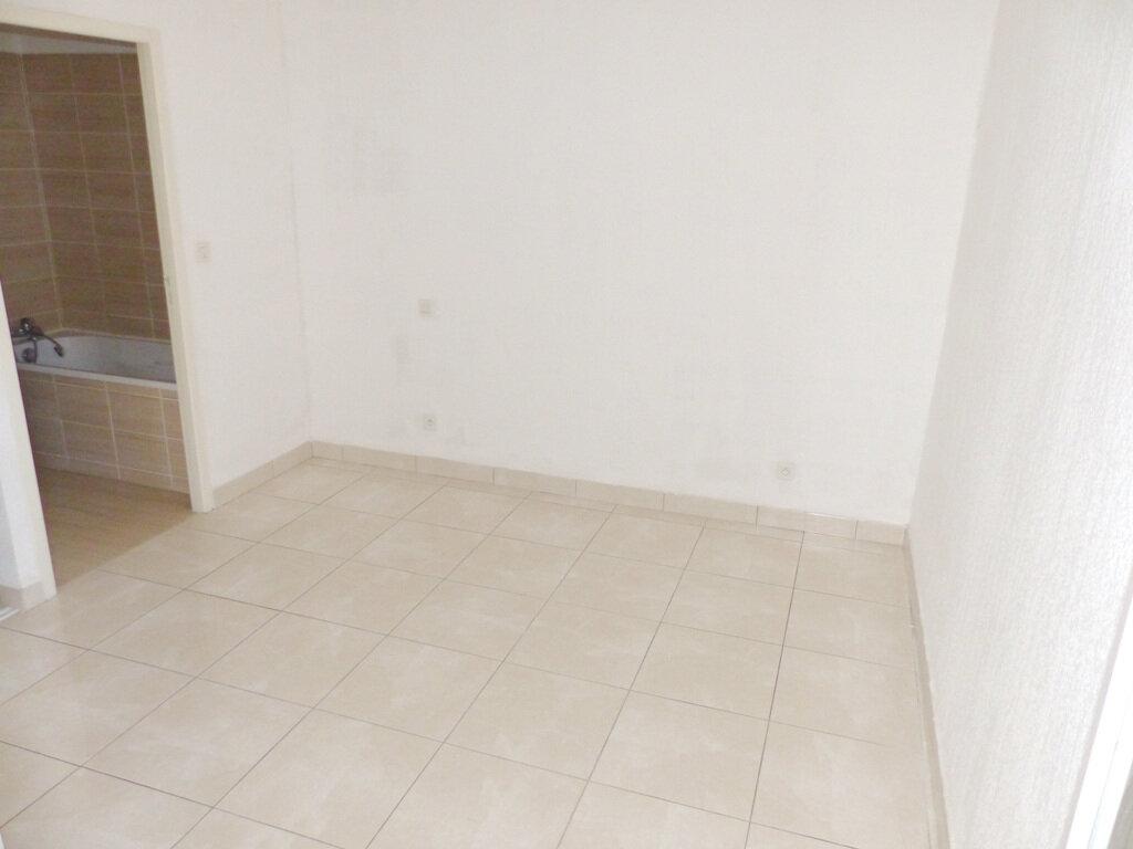 Appartement à vendre 2 38.85m2 à Béziers vignette-4