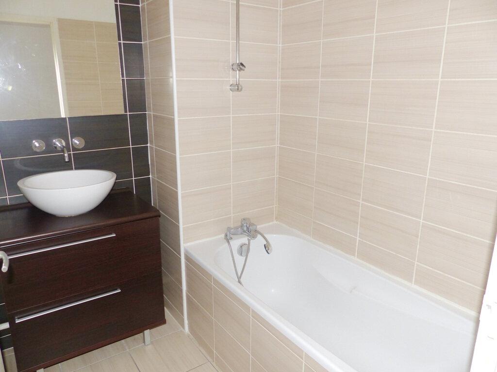 Appartement à vendre 2 38.85m2 à Béziers vignette-5