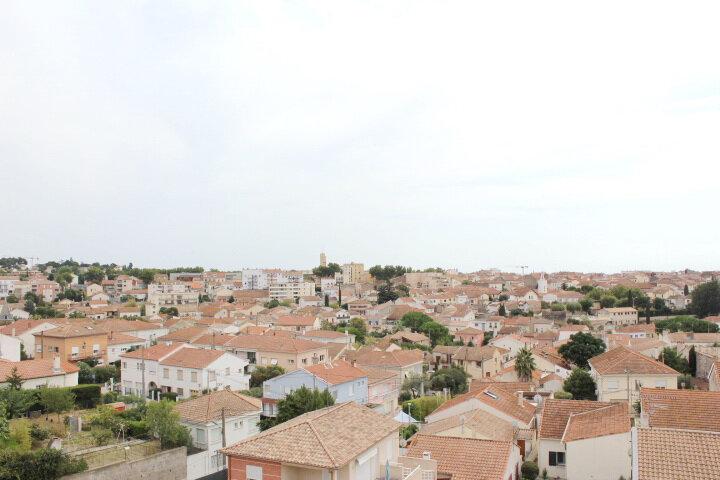 Appartement à vendre 5 78m2 à Béziers vignette-4