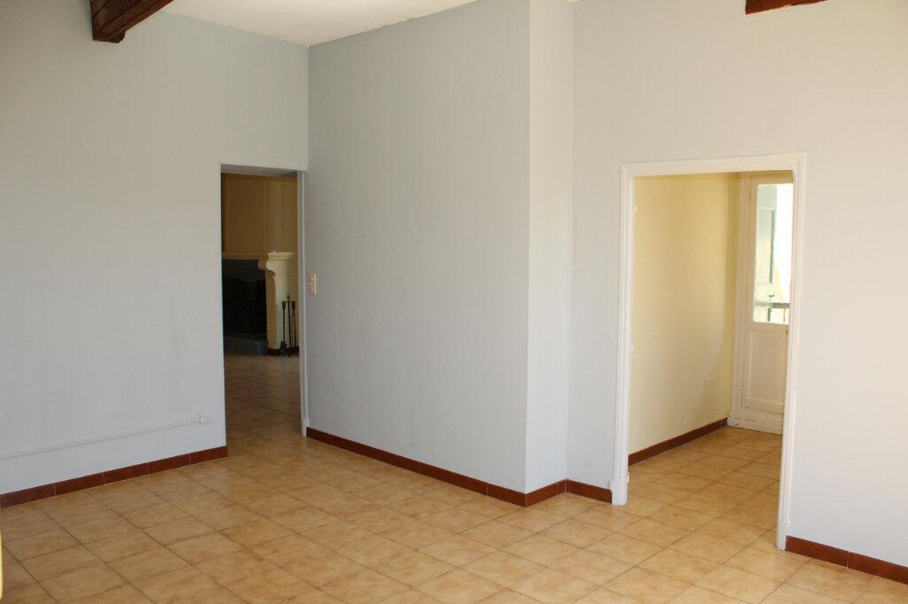 Maison à louer 4 90m2 à Puissalicon vignette-2
