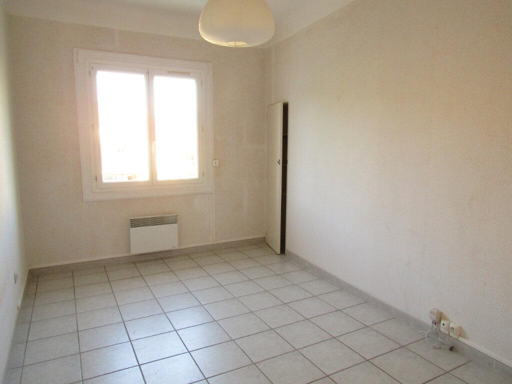 Appartement à louer 3 78m2 à Marseillan vignette-3