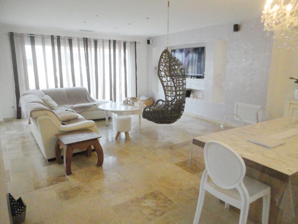 Maison à vendre 5 183m2 à Pomérols vignette-1