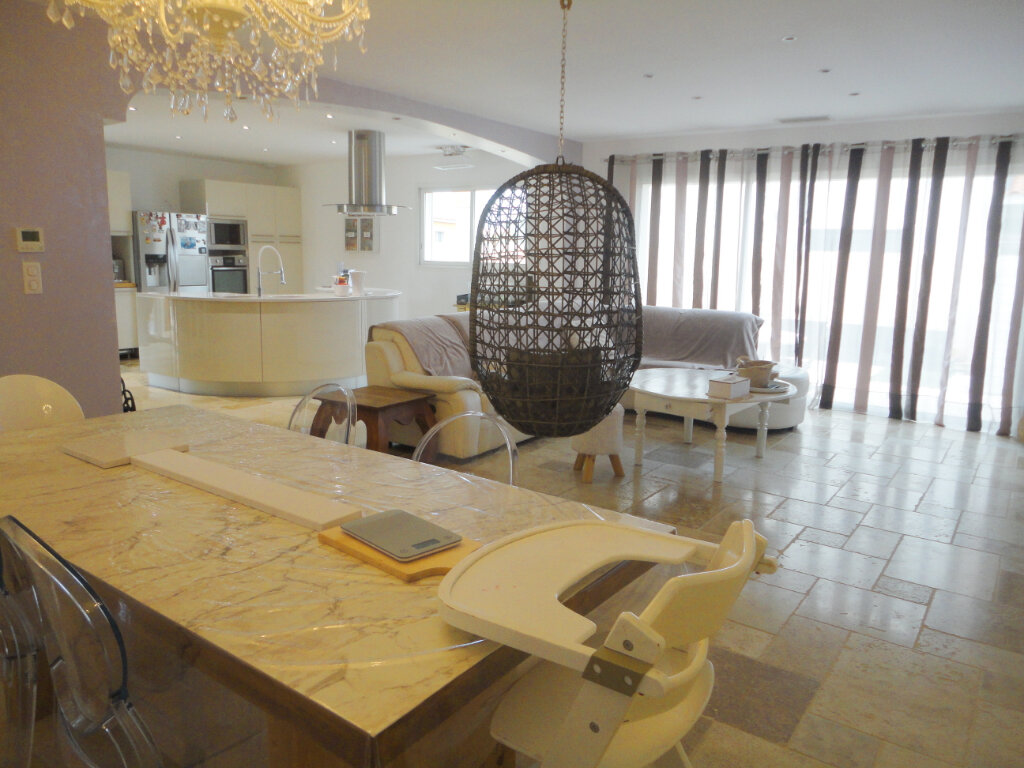 Maison à vendre 5 183m2 à Pomérols vignette-2