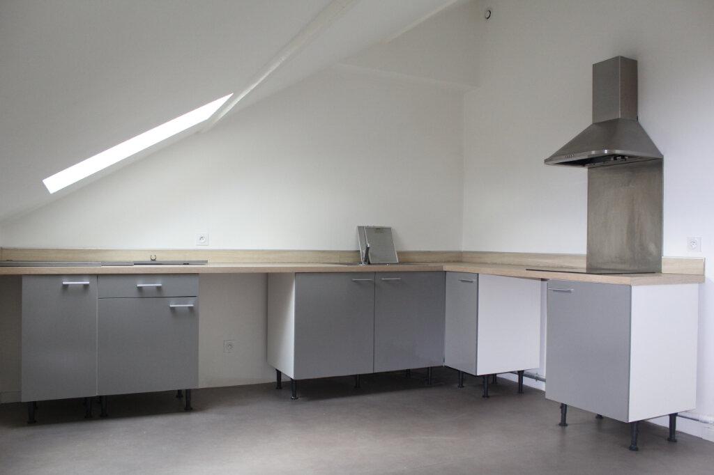 Appartement à louer 3 61.42m2 à Béziers vignette-1