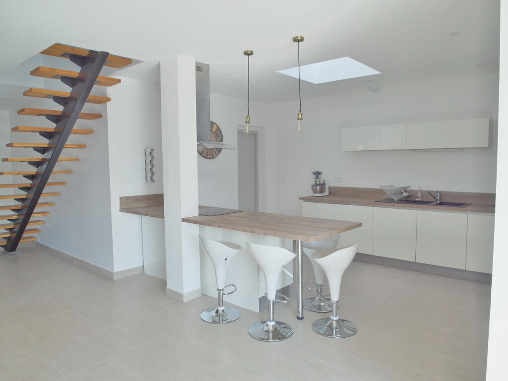 Maison à vendre 4 100m2 à Marseillan vignette-2