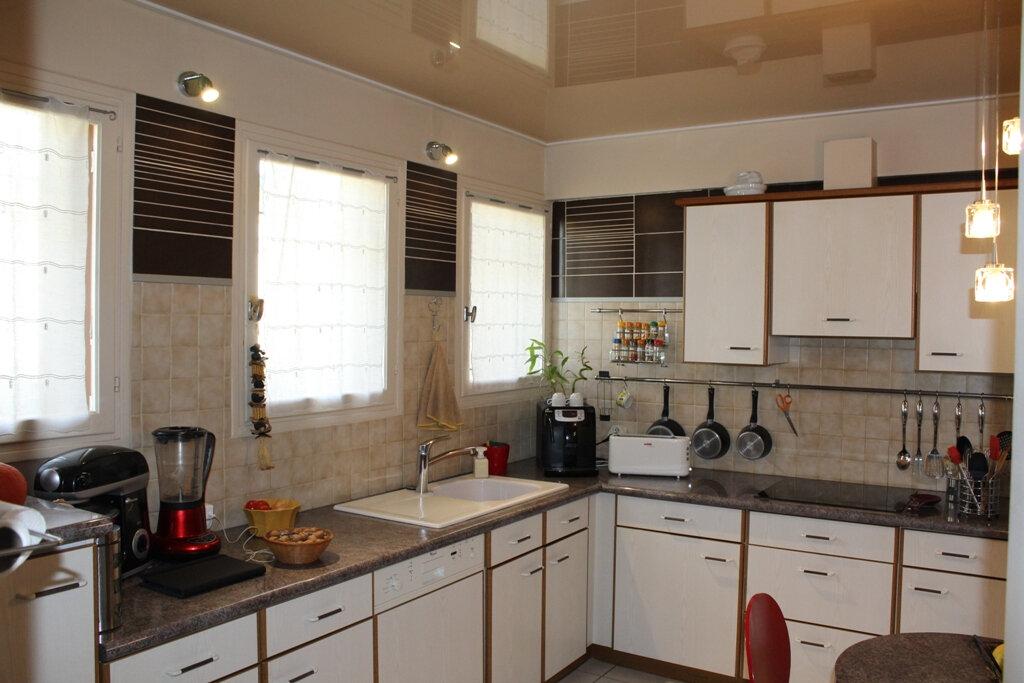 Maison à vendre 5 143m2 à Béziers vignette-5
