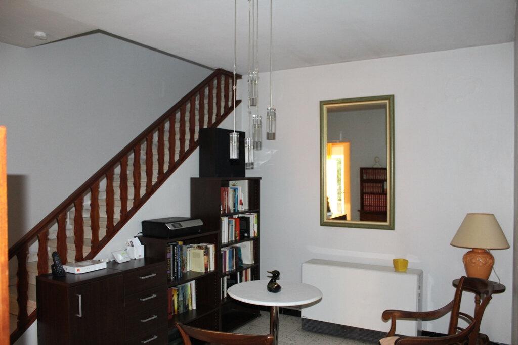 Maison à vendre 5 143m2 à Béziers vignette-10