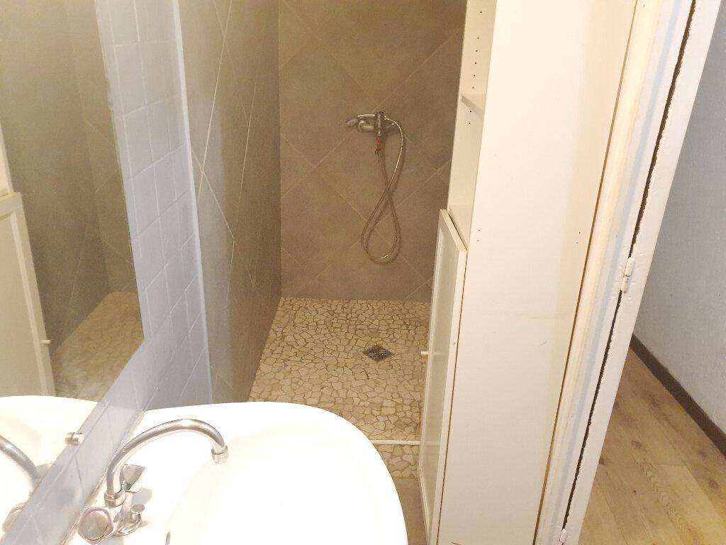 Appartement à vendre 2 38m2 à Béziers vignette-5