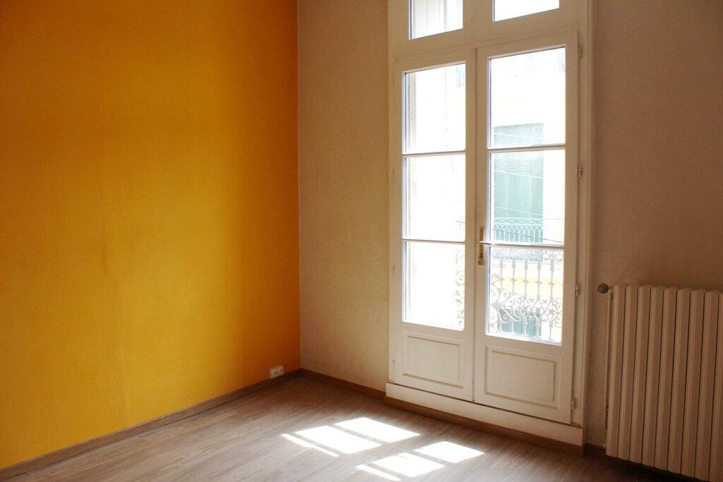 Appartement à louer 2 50m2 à Béziers vignette-8