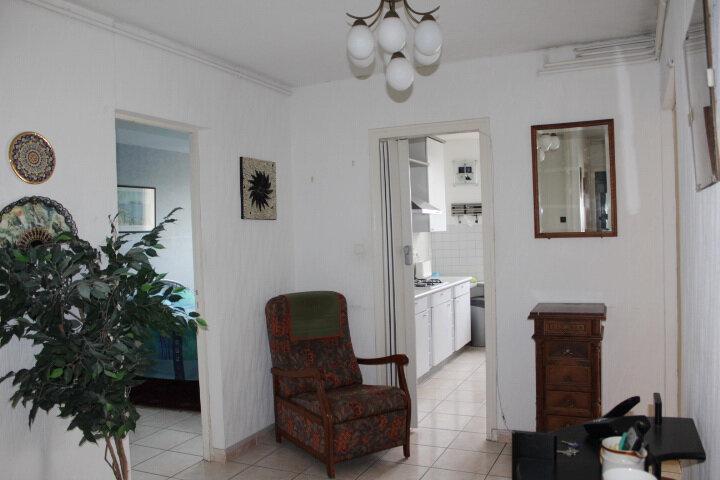Appartement à vendre 4 74m2 à Béziers vignette-1