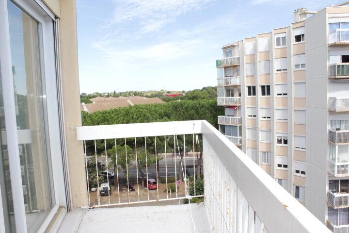 Appartement à vendre 4 74m2 à Béziers vignette-3