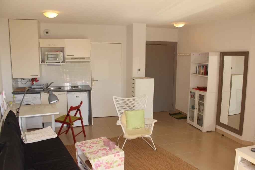 Appartement à louer 2 36.937m2 à Marseillan vignette-1