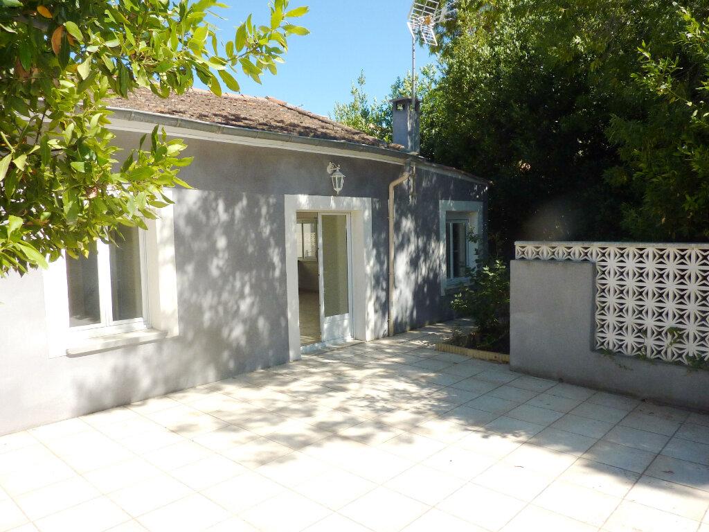 Maison à louer 4 77m2 à Béziers vignette-1