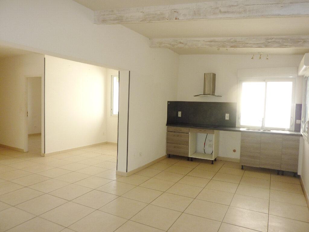 Maison à louer 4 77m2 à Béziers vignette-3