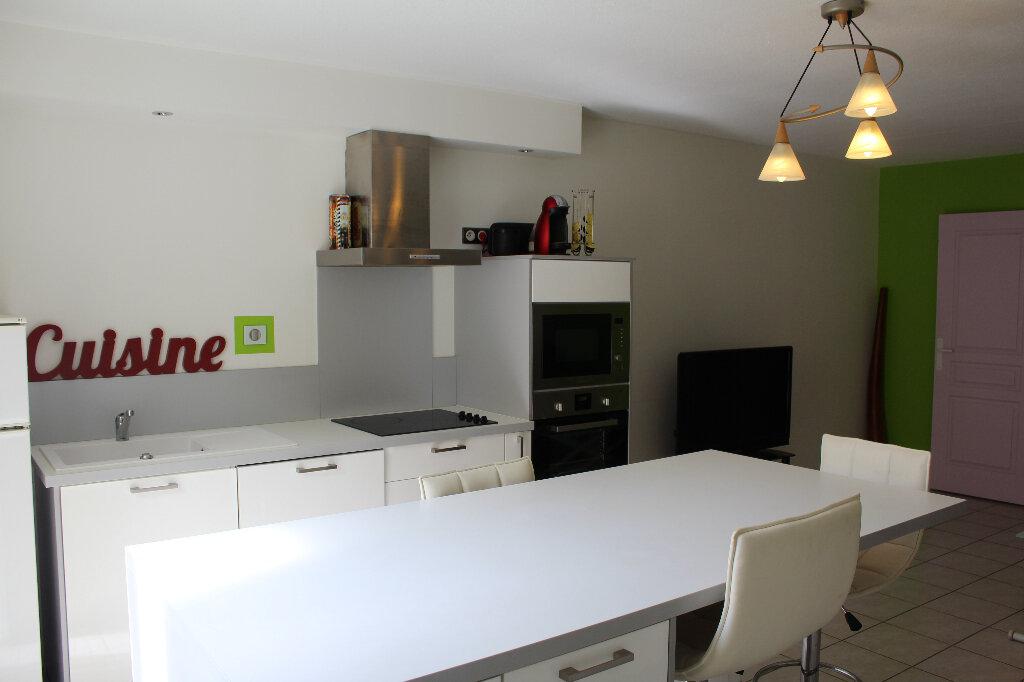 Appartement à vendre 2 70m2 à Béziers vignette-1