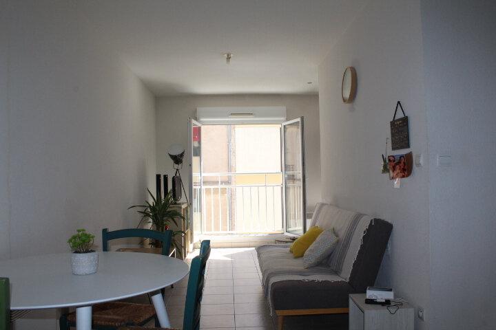 Appartement à vendre 2 37m2 à Béziers vignette-1