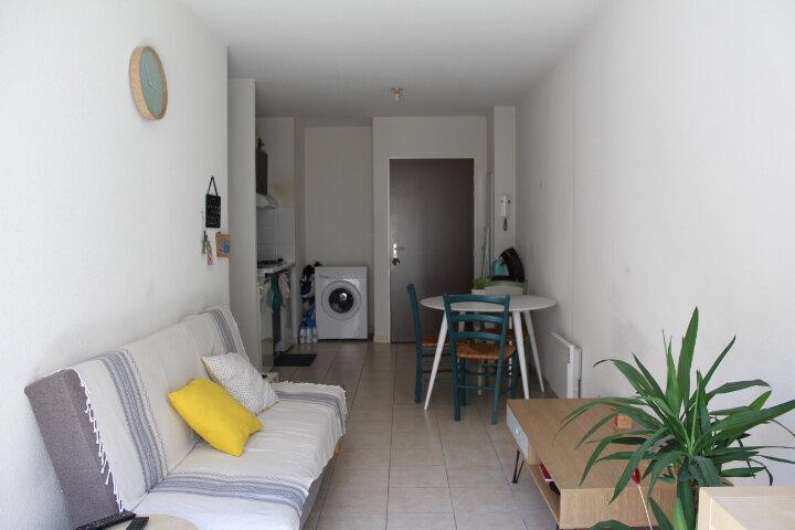 Appartement à vendre 2 37m2 à Béziers vignette-3
