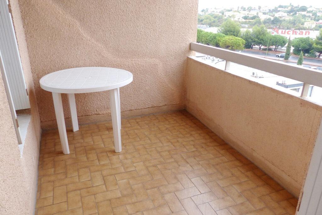 Appartement à vendre 4 104m2 à Béziers vignette-4