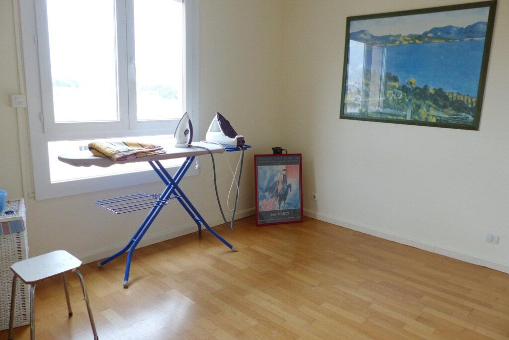 Appartement à vendre 4 104m2 à Béziers vignette-7