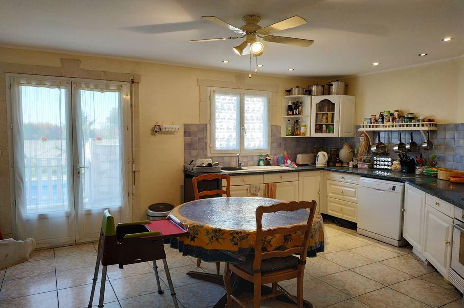 Maison à vendre 5 121m2 à Neffiès vignette-5
