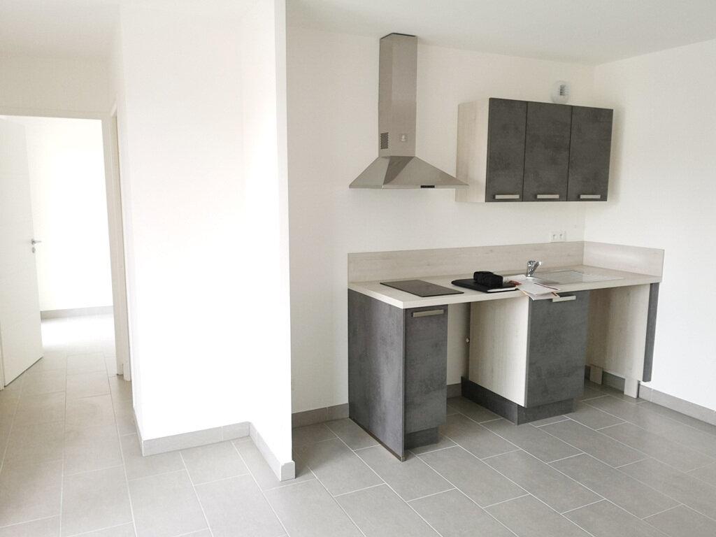 Appartement à louer 2 37.8m2 à Sérignan vignette-2