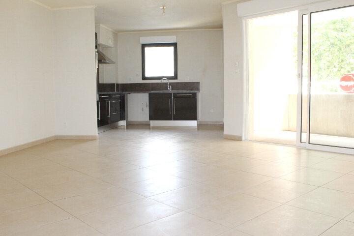 Appartement à vendre 3 67.72m2 à Béziers vignette-5