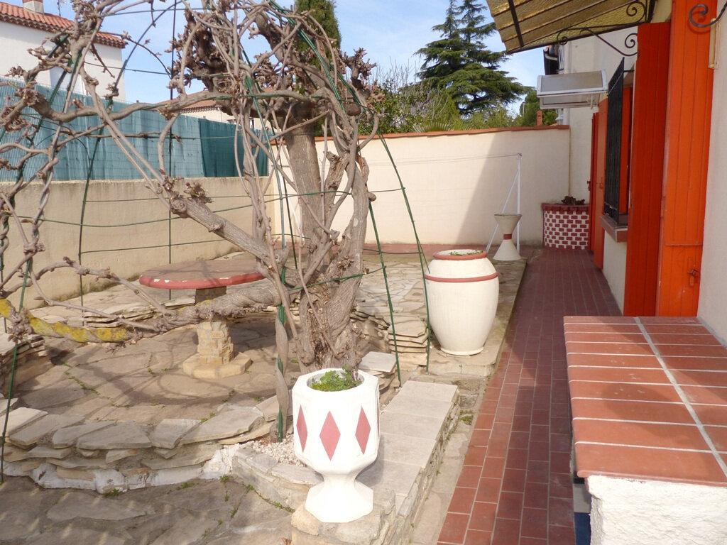 Maison à vendre 7 139m2 à Béziers vignette-2
