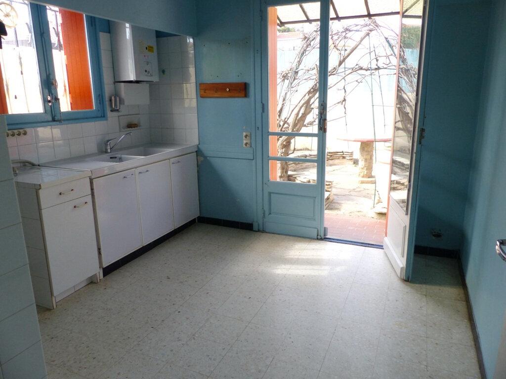 Maison à vendre 7 139m2 à Béziers vignette-4