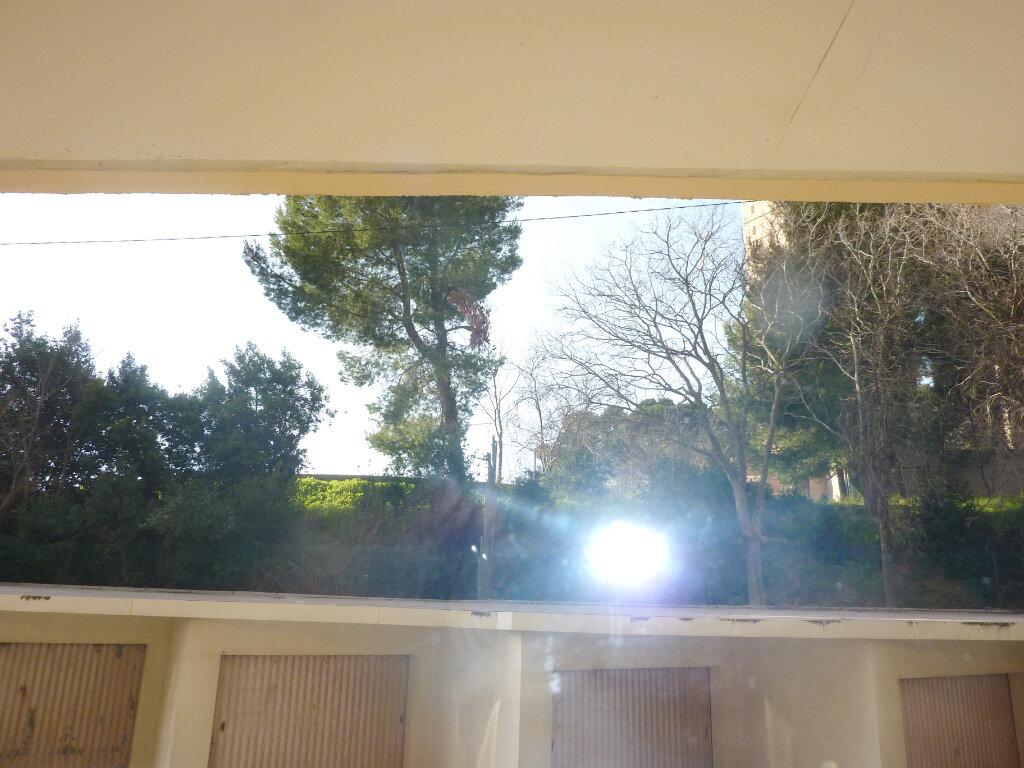 Appartement à louer 3 66m2 à Béziers vignette-8