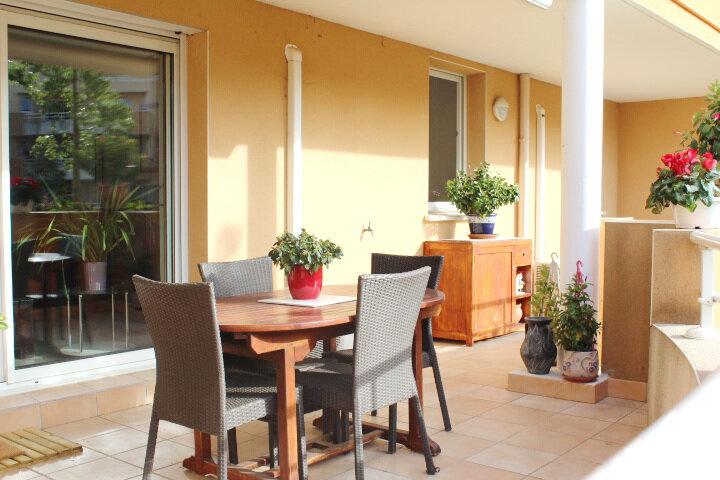 Appartement à vendre 3 72m2 à Béziers vignette-6