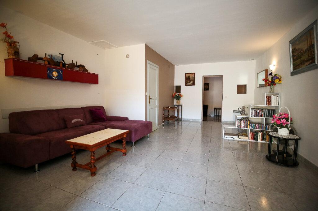 Maison à vendre 5 170m2 à Béziers vignette-7