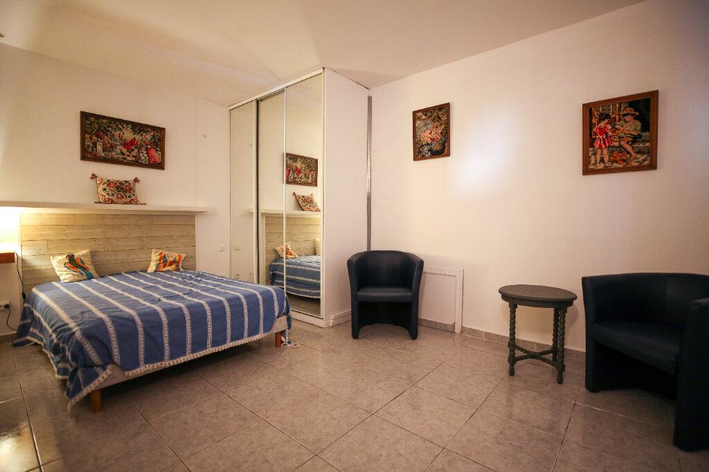 Maison à vendre 5 170m2 à Béziers vignette-9