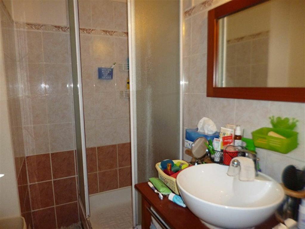 Appartement à vendre 4 69.08m2 à Gigean vignette-5