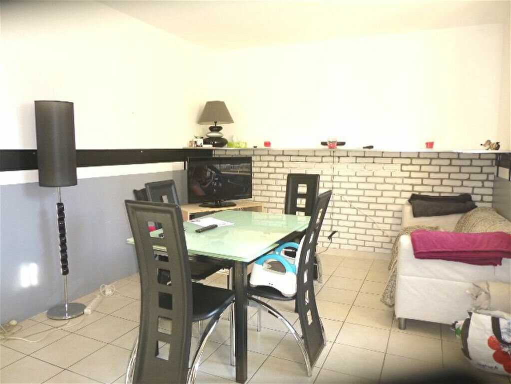 Appartement à vendre 2 64.1m2 à Montbazin vignette-1
