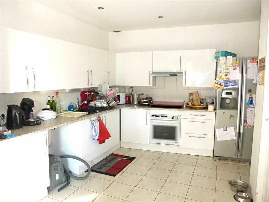 Appartement à vendre 2 64.1m2 à Montbazin vignette-3