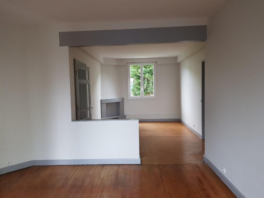Maison à louer 6 142.6m2 à Mont-de-Marsan vignette-2