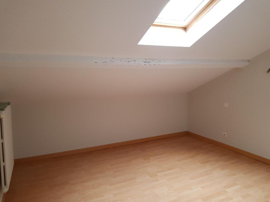 Maison à louer 6 142.6m2 à Mont-de-Marsan vignette-5