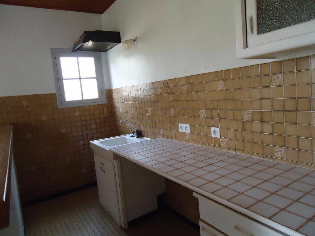 Appartement à louer 3 68.28m2 à Labrit vignette-2