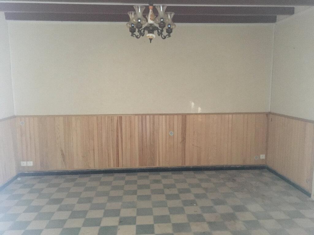 Maison à vendre 7 130m2 à Lencouacq vignette-3