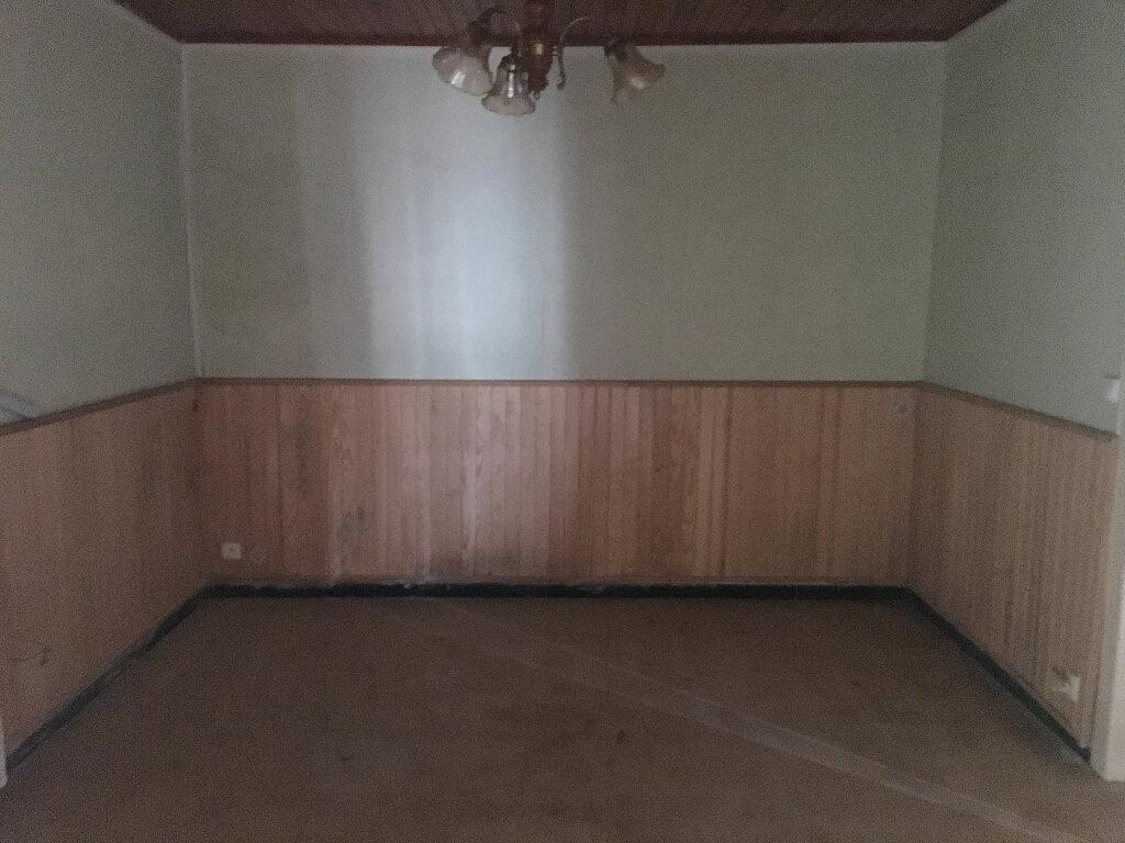 Maison à vendre 7 130m2 à Lencouacq vignette-5