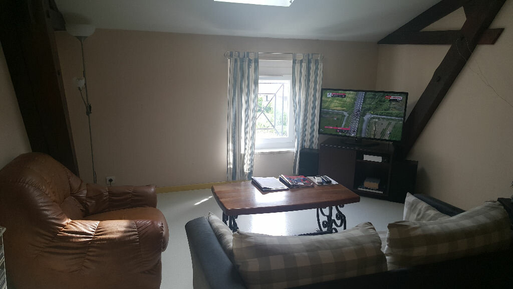 Appartement à louer 3 70.86m2 à Villeneuve-de-Marsan vignette-1