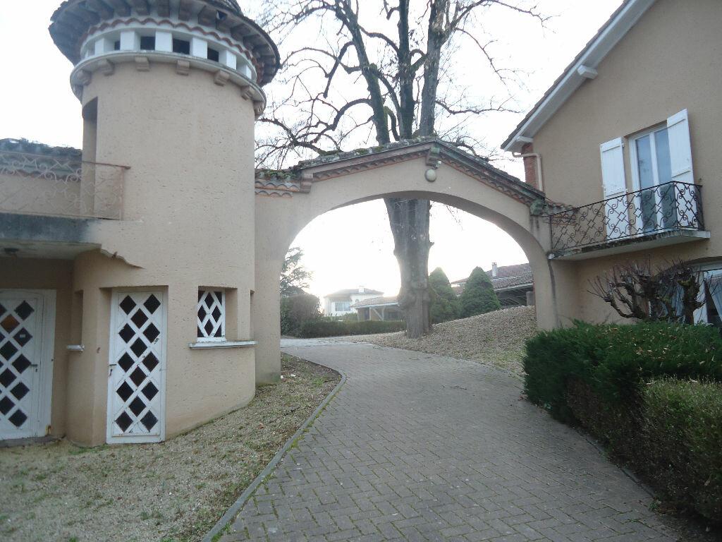 Appartement à louer 3 70.86m2 à Villeneuve-de-Marsan vignette-2