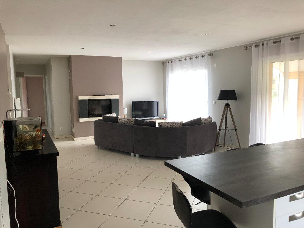 Maison à vendre 4 111m2 à Saint-Justin vignette-3
