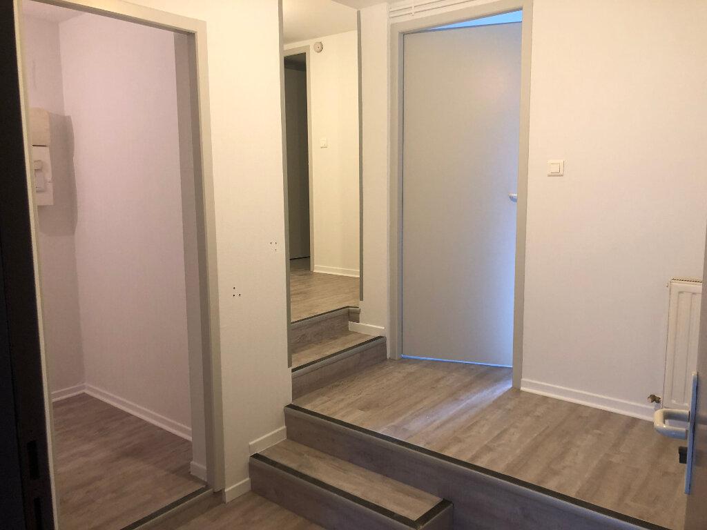 Appartement à louer 3 76.75m2 à Villeneuve-de-Marsan vignette-4