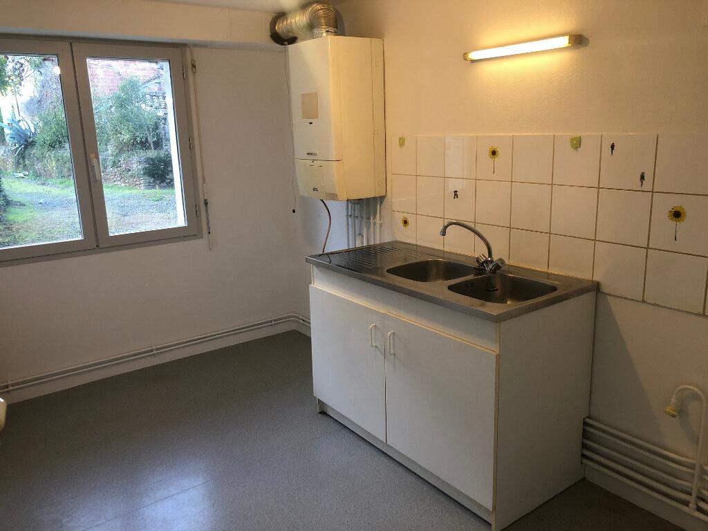 Appartement à louer 3 76.75m2 à Villeneuve-de-Marsan vignette-5