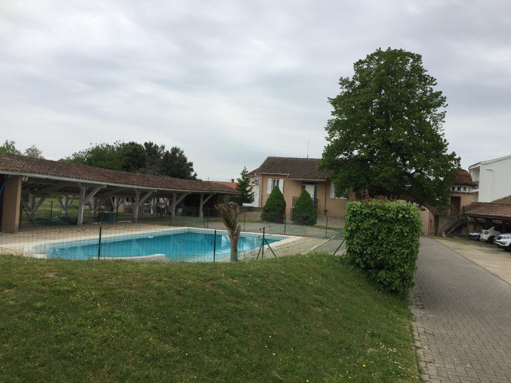 Appartement à louer 3 76.75m2 à Villeneuve-de-Marsan vignette-9