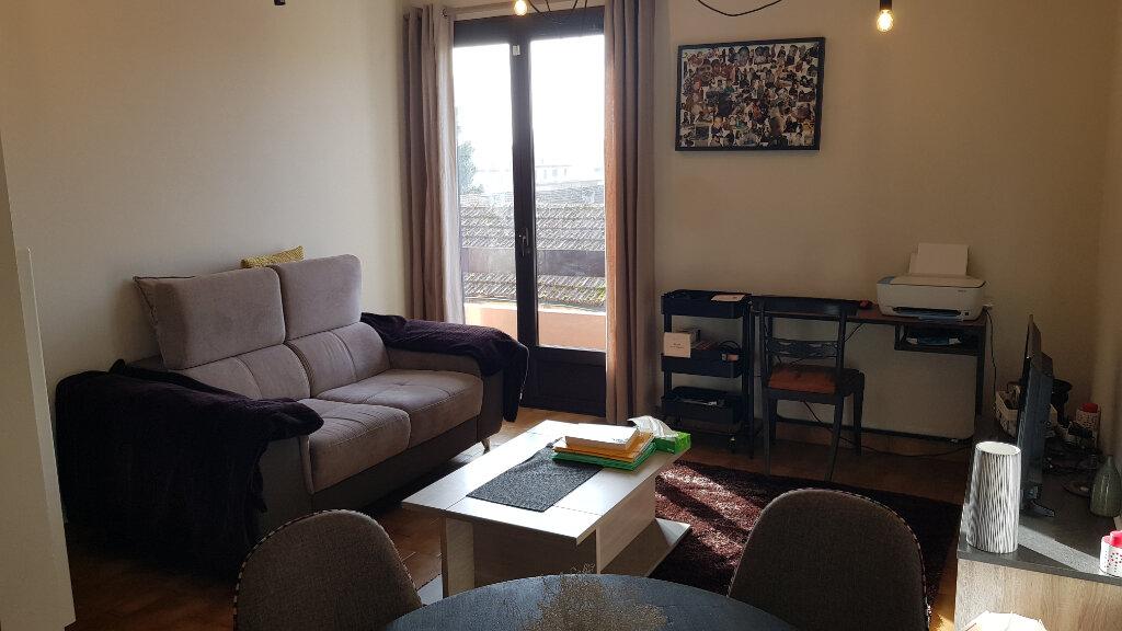 Appartement à vendre 2 45m2 à Mont-de-Marsan vignette-1